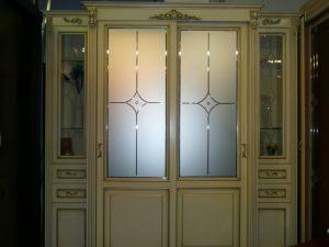 Классический шкаф купе массив с фацетными зеркалами и гравировкой Электросталь